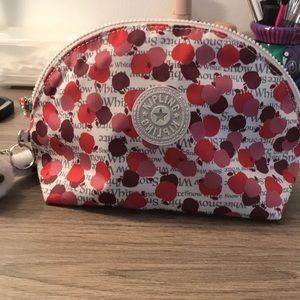 Kipling x Disney Snow White cosmetic bag